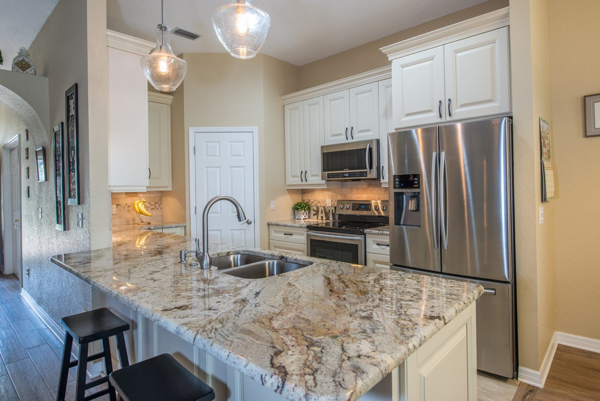 Kitchen Remodeling San Antonio Stone Oak Bulverde Dominion Alamo Heights Cabinets Countertops Tile Flooring