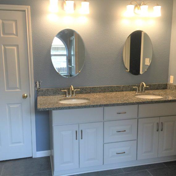 San Antonio bathroom cabinet remodeling contractors stone oak bathroom renovation bathroom conversion alamo heights bathroom countertops sinks vanities walk-in shower alamo ranch